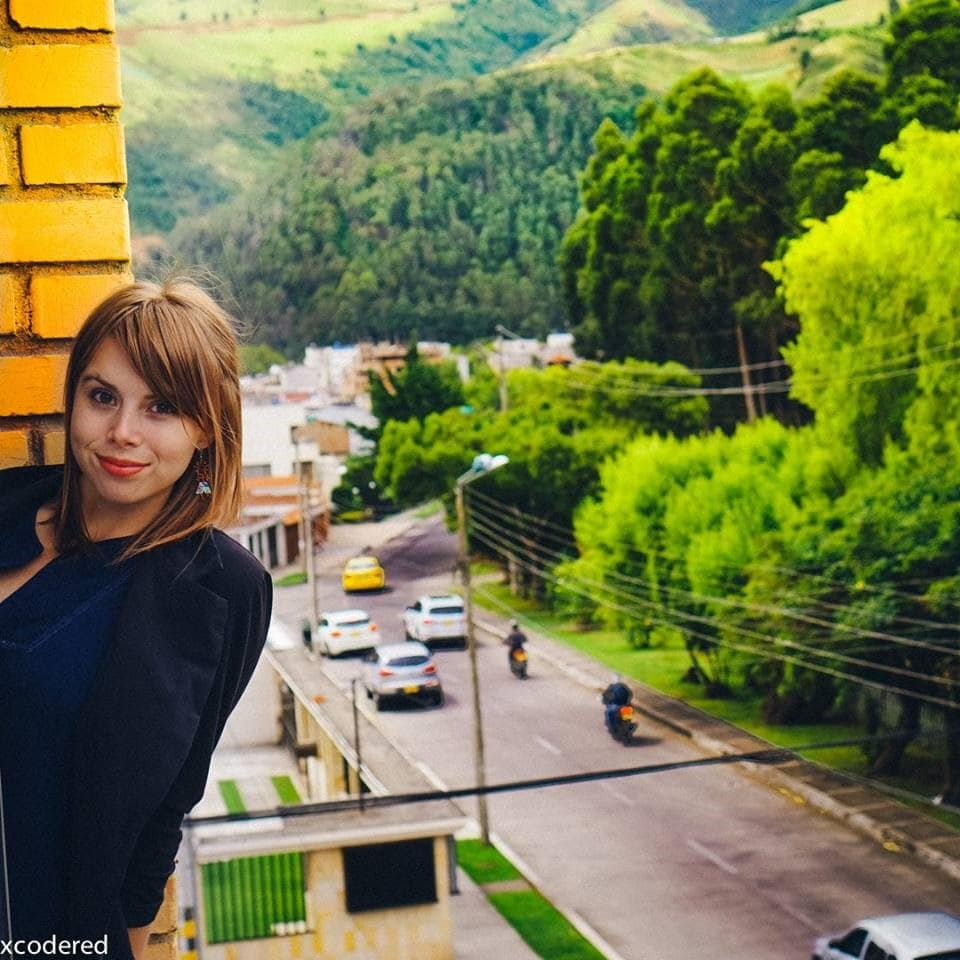 lori in Colombia